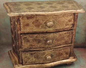 Italian Florentine Chest / Italian Florentine Gold Gilt Wood Chest / Vintage Florentine Trinket Box / Miniature Florentine Jewelry Chest