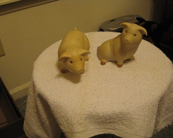 Collectible Ceramic His and Her Pigs