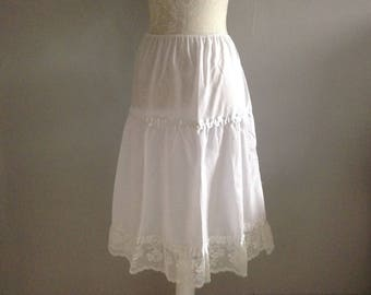 Vintage Dorothy Perkins White Skirt / Lace Petticoat