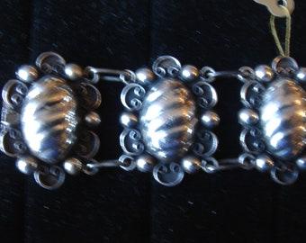 Early Vintage Mexico/Mexican Sterling Silver Bracelet 1940's -50's