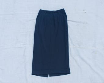 Mid-length Green Skirt SIZE S/M Vintage