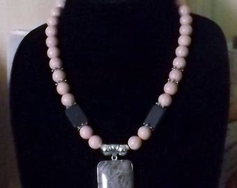 Precocious Pink Single  Strand Necklace and Bracelet Set
