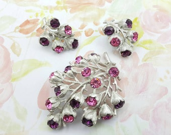 Brooch and Clip earrings Sarah Coventry Wisteria 1962 mint condition