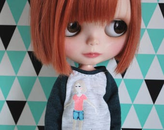 Happy Girl long sweater for Blythe