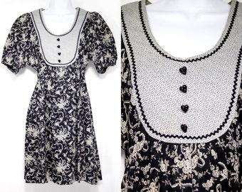 Vintage 60's ALEXA Puffy Arm Black White & Grey Floral Mini Babydoll Retro Dress w/ Heart Shape Button S