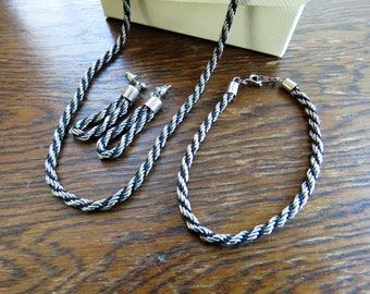 Retro rope-effect black and silver jewellery set