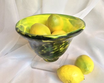 Hand Blown Glass Bowl.  Yellow and Green Art Glass Bowl.  Glass Fruit Bowl.