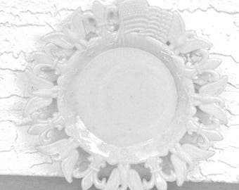 WESTMORELAND Milk Glass Flag Plate