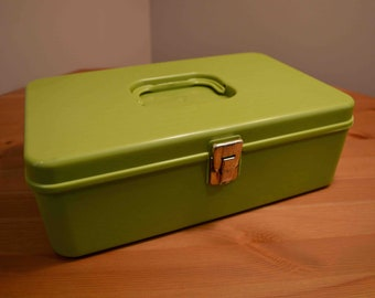 Vintage Green Plastic Sewing Box Wil-Hold Wilson Mfg Corp