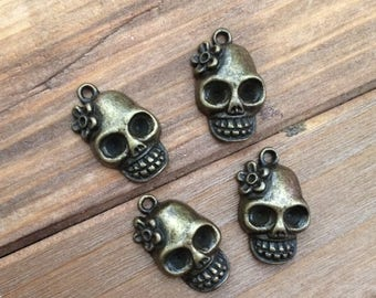Bronze Skull with Flower Charms Halloween Day of the Dead Funky Punk Mini Pendant Trendy Jewelry Supplies DIY Supply
