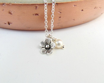 Bridesmaid Necklace - Thank You Gift - Flower Necklace - Dainty Jewellery - Wedding Jewellery - Bridesmaid Jewellery - Flower Girl Necklace