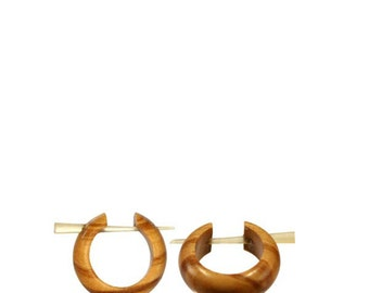 Wooden pin earrings textured hand made circle (CPO-110-2)