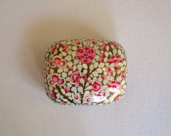 Kashmiri handmade papier mache' lacquer box
