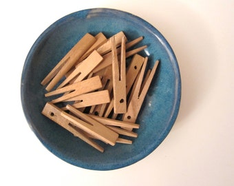 Vintage. Wooden pegs. Set of 10 (H141)