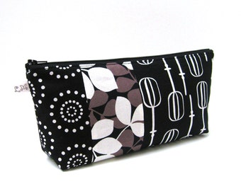 ON SALE Zipper Pouch Clutch Patchwork Leaves Circle Dots and Beaters in Black Grey and White