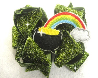 St Patricks Day Bow, Green Glitter Bow, St. Paddys bow, St Pattys Hairbows, Pot of Gold Bows, Gold Hair Bow, Rainbow bow, 4 leaf clover bow
