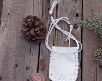 White buckskin amulet bag, talisman leather pouch , drawstring bag