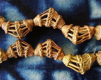 8 beads African brass BB11