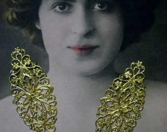 Large Gold-Plated Filigree Finding (3)