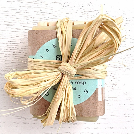 Single Bar Soap Gift Set - holiday gift - Gift Handmade Soap & Wooden Soap Dish Gift Set - Christmas - Soap Set - Mothers Day - gift for her