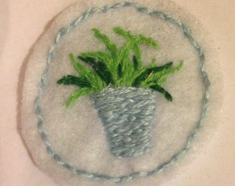 houseplant felt embroidered patch / pin brooch