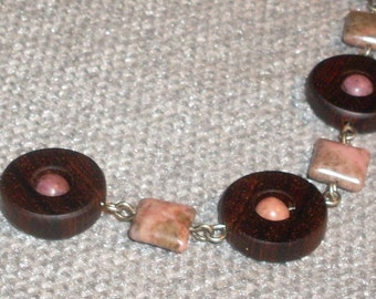 O Yeah: Cocobolo Wood and Rhodonite Stones Choker Necklace