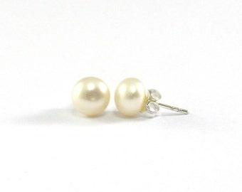 pearl stud earrings, sterling silver studs / bridal jewelry, classic wedding earrings, freshwater pearl stud earrings, woman jewelry