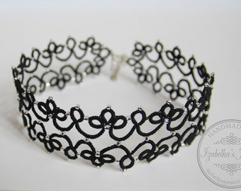 Luna - lace tatted choker necklace in Gothic style