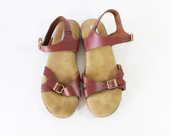Vintage Mahogany Leather Strappy Flat Sandals - size 8