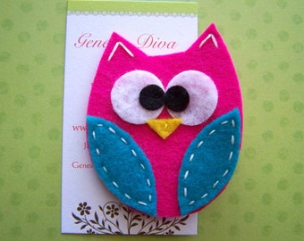 BiG EyEd OwL....Hot Pink and Turquoise