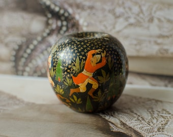 Vintage Indian Hand Painted Wood Lacquer Figural Ball Game Scene Made in Kashmir India