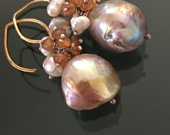 Orchid earrings  -  Flameball pearl, keishi pearl, pyrite, sapphires, gold 18k