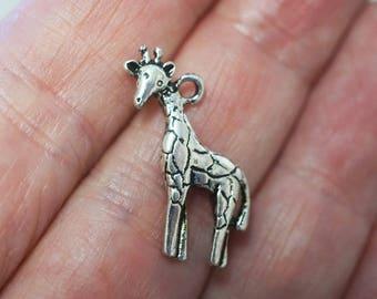 6 Metal Antique Silver Giraffe Charms - 22mm