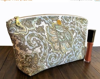 SALE Quilted Makeup Bag Pattern