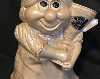 "Vintage Mother's Day Gift Russ Berrie 1970's Retro ""World's Best Mom"" Large Figure"