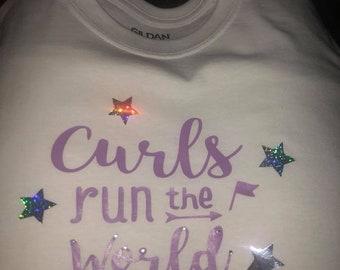 Curls Run the World T-shirt