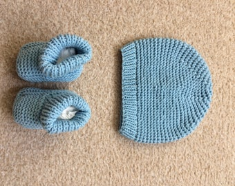 Baby Hat and Booties Set, Size 3-9 Months
