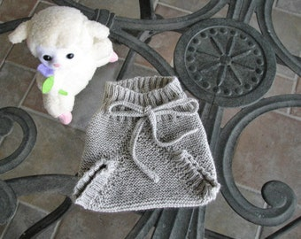 Baby Merino Wool Blend, 0-3 Months Soaker Pants, Diaper Cover , Seamless Light GreyHand Knit Vintage Inspired, Great baby gift under 25.00