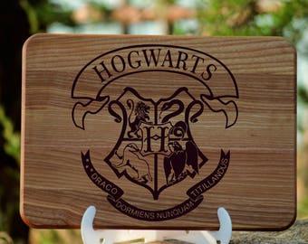 Harry Potter gift Harry Potter Hogwarts Personalized gift Hogwarts cutting board Hogwarts Birthday gift for boyfriend Harry Potter Hogwarts