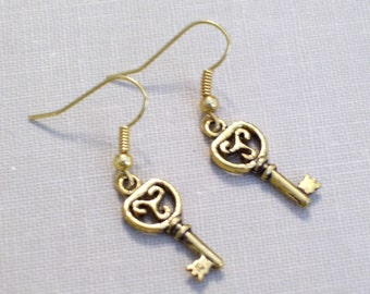 Gold Key Earrings, Vintage Style Key, Antiqued Gold Plated Key Earrings, Little Gold Key Pierced Earrings, Key Jewelry
