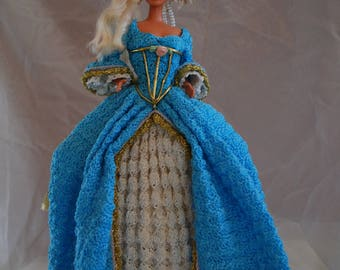 1775 French Court Dress Crocheted Doll (Barbie-style, fashion doll)