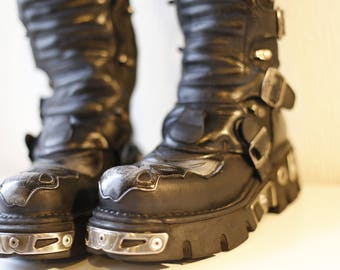 Tall Black Leather New Rock Boots/ Size 6 UK (39)