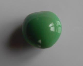 Set of 2 beads seed Lumbang light green