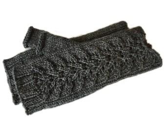 Lacy Leaf Fingerless Gloves Wool / Knit Wrist Warmers / Knit Accessories / Handknit Wool Gloves Women / Arm Warmers / Clothing Gift Ideas