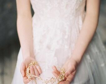 gold bridal crown, gold headpiece, gold crown, gold wedding crown, gold headband, gold bridal hair accessories, gold tiara - AMIRA