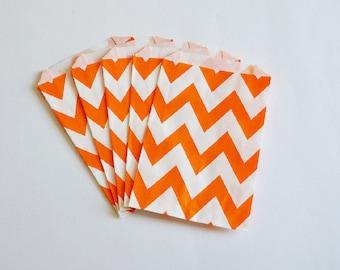 10 Sacchetti di carta chevron arancio / Orange Chevron Paper Bags (10 paper bags per pack)