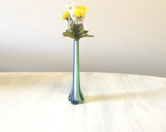 Vintage glass vase, vintage vase, flower vase, vintage home decor, mid century vase, mid century glass, retro glass vase, vintage glassware