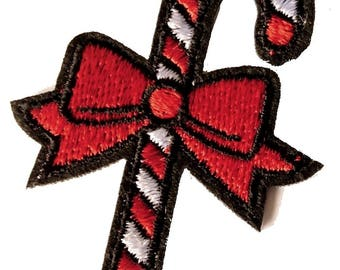 Beautiful embroidered badge sugar bow red candy cane patch 6 cm