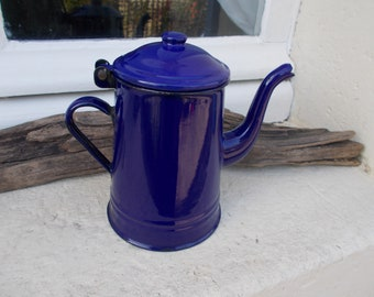 So Cute Vintage Navy Blue Coffee Pot, Excellent for Decoration, or to use, Lovely piece in Good Condition.