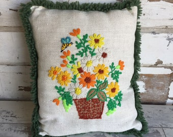 Vintage Crewel Embroidery Pillow Bees and Flowers - Cushion